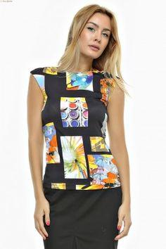 Bluza tricot imprimat cu decolteu arcuit si umar prelungit. Apron, Fashion, Tricot, Moda, Fashion Styles, Fashion Illustrations, Aprons