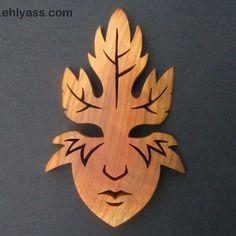 Sculpture masque esprit d'automne en chantournage