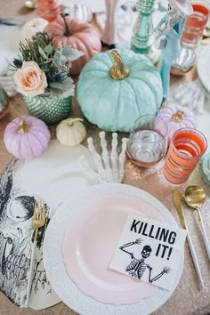 Pastel Halloween Table Setting Decor (Pink Purple Rose Gold Peach Turquoise) Pastel Halloween Table Setting Decor (Pink Purple Rose Gold Peach Turquoise) Source by meandmyinsanity Halloween 2020, Halloween Birthday, Holidays Halloween, Fall Halloween, Happy Halloween, Halloween Inspo, Halloween Table Settings, Diy Halloween Decorations, Halloween Themes