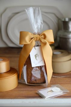 ♔ Gift Wrapping Homemade Bread ~ Autumn Hostess or Party Favor Gifts