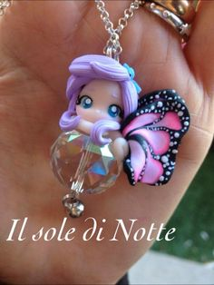 Fatina su cristallo modellata interamente a mano Polymer Clay Dolls, Polymer Clay Crafts, Polymer Clay Creations, Polymer Clay Jewelry, Cute Clay, Fairy Doors, Diy Hair Accessories, Fun Crafts For Kids, Clay Charms