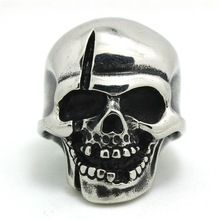 Europe Style Mens Boys 316L Stainless Steel Punk Gothic Crack Skull Polishing Silver Pirate Style Ring(China (Mainland))