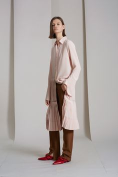 55b1e2e581 Derek Lam Resort 2018 Fashion Show Collection