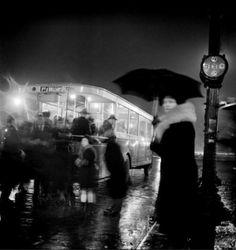 """""""Vers Porte d'Orléans"""", Paris by night, 1920′s."""