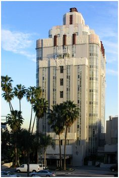 """Los Angeles, 8358 Sunset Blvd., Sunset Tower Apartments.  Height of Hollywood Art Deco style, built 1929-1930 by architect Leland A. Bryant.  Has also been known as """"The Argyle"""" and the """"St. James Club.""""  CALIFORNIA."""