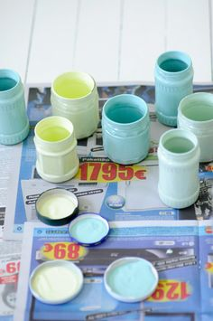 Painting the inside of glass jars. Cute way to really make the jars pop and stand out.