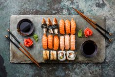 Takeout - Pairing Wine & Sushi: picking the perfect #wine with #sushi can be tricky. How about a glass of your favourite bubbly - like #Prosecco, #Cremant, #Cava or #Champagne...