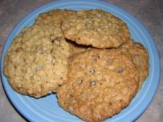 Low Calorie Cookie Recipes, The oatmeal chocolate chip cookies look good to me.