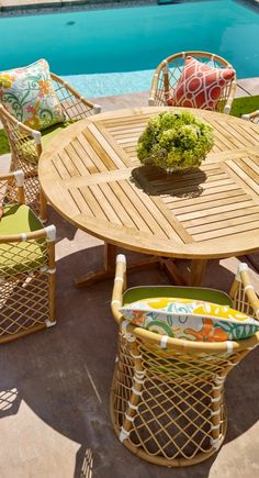 Punch bowl color - Pure retro chic in airy bent rattan and effervescent color.