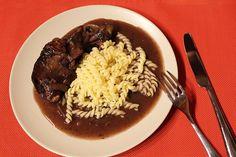 Kuře ve vinné omáčce (Coq au Vin) | Alsaská inspirace z Lotrinska - Powered by @ultimaterecipe