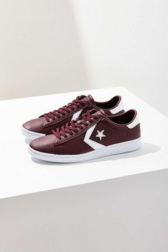 6ce9390cad95 Converse Pro Leather Low Profile Low Top Sneaker