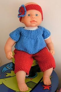 Life is Better with Caffeine: Free Pattern - Doll Outfit : Coffee & Cream…Life is Better with Caffeine: Free Pattern – Doll Outfit Knitted Doll Patterns, Baby Sweater Knitting Pattern, Knitted Dolls, Baby Patterns, Baby Knitting, Crochet Baby, Knitting Patterns, Free Knitting, Crochet Pants