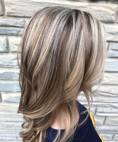 Light Brown Hair with Blonde Highlights and Lowlights. hair color fall, Great ha… - New Hair Design Hair Highlights And Lowlights, Hair Color Highlights, Hair Color Balayage, Blonde Color, Blonde Balayage, Highlights 2017, Silver Highlights, Low Lights And Highlights, Blonde With Brown Lowlights