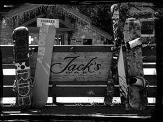 Jacks Bar for lively apres ski...