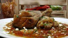 """Υλικά: 4 μπούτια κοτόπουλου """"Πίνδος""""ολό&kap..."""