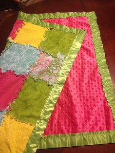 DIY Easy Baby rag quilt with satin edge! My first sewing project ever!