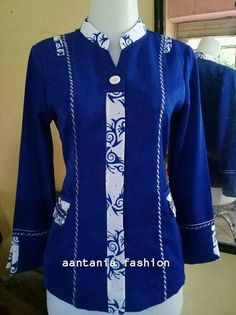 African Attire, African Wear, African Fashion Dresses, Batik Fashion, Hijab Fashion, Fashion Outfits, Blouse Batik, Batik Dress, Batik Muslim