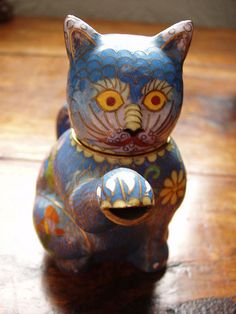 Lindy's enamel cat teapot