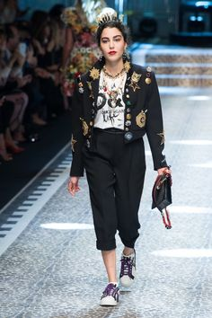 Dolce & Gabbana | Ready-to-Wear - Autumn 2017 | Look 53Dolce & Gabbana's Social Media Panoply | Fashion Show Review,Dolce & Gabbana's Social Media Panoply In this climate, the designers' all-embracing shtick had a sting: their catwalk was alive with diversity, sizes, shapes, ages and races. COLLECTION TRENDS  Lace Animal Floral  Ready-to-Wear - Autumn 2017 | BoF