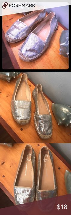 10M size 10 Franco Sarto The Artist's Collection Size 10 M see photos great casual natural and silver colored flats. What you see is what you get, and hat a deal! Franco Sarto Shoes Flats & Loafers