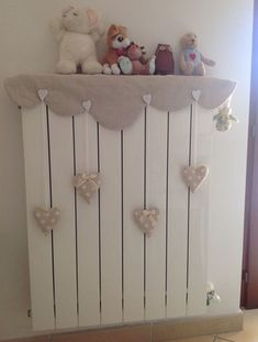 """Lovely little things: """"Battery Case"""" - dekoration Baby Bedroom, Bedroom Decor, Cortinas Country, Diy Projects To Try, Sewing Projects, Baby Decor, Kids And Parenting, Decoration, Diy Home Decor"""