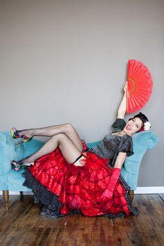 Dahlia Dulce - Burlesque Performer http://www.dahliadulce.com/