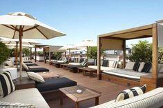 Hotel 1898 Barcelona, enorme y muy agradable terraza. Terrace bar, hotel Pulitzer, Barcelona www.abchumboldt.com Agradece a todos/as aquellos/as fotografos que hacen posible acceder a tan interesantes imágenes.: