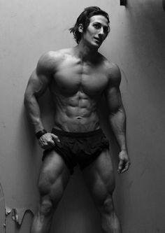 Fitness Model Sadik Hadzovic
