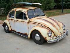 Wicked Paint Job!!! Yes, it is paint, not rust! Awesome '65 surf bug.