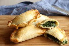 Spinach & Mozzarella Empanadas. Liv: try this dough for the tapas!