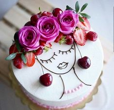 Latest Snap Shots fruit cake design Tips - yummy cake recipes Fancy Cakes, Cute Cakes, Pretty Cakes, Beautiful Cakes, Amazing Cakes, Food Cakes, Cupcake Cakes, Decoration Patisserie, Girl Cakes