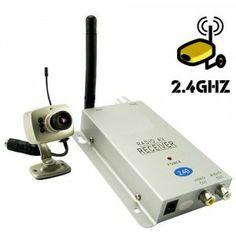 Une caméra de très petite taille, qui permettra de surveiller très discrètement et d'entendre ce qui se passe dans la pièce. Camera Surveillance, Walkie Talkie, Electronics, Human Height, Consumer Electronics