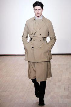 Raf Simons Fall 2010 Menswear Collection - Vogue