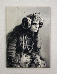 Maria Germanova as The Witch in The Blue Bird (Maurice Maeterlinck) Moscow Art Theatre 1908 Old Pictures, Old Photos, Vintage Photographs, Vintage Photos, Vintage Ads, Jean Arp, Marcel Duchamp, Vintage Witch, Creepy Vintage