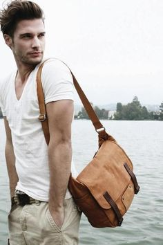 White Vneck Tshirt + Jogger pants + Messenger bag = Outfit of the day!