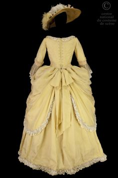 Fripperies and Fobs - Costume designed by Jean-Pierre Ponnelle for Kiri Te Kanawa in the Paris Opera's 1974 production of Mozart's Cosi fan tutte