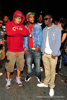 """T.I. in the Nike LeBron 9 """"Ohio State"""" & Young Jeezy in the Air Jordan 12 """"Playoffs"""""""