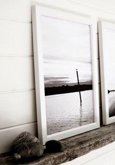 Hullaannu ja hurmaannu Minimalist Scandinavian, Graphic Prints, Oversized Mirror, Windows, Furniture, Home Decor, Scandinavian, Minimalist Home, House