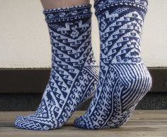 Ravelry: Pisqu pattern by Leslie Comstock  free pattern