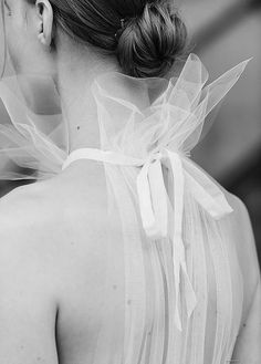 6 Beautiful Wedding Dress Trends in 2020 Mode Inspiration, Wedding Inspiration, Bridal Gowns, Wedding Gowns, Bouquet Wedding, Wedding Nails, Wedding Dress Trends, Bridal Fashion Week, Luxury Wedding