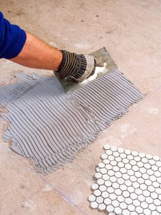 How to Install Mosaic Floor Tile Epoxy Floor, Tile Floor, Epoxy Mortar, How To Lay Tile, Plastic Mesh, Tile Installation, Color Tile, Vintage Country, Mosaic Patterns