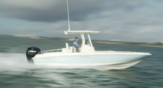 Boston Whaler 270 Dauntless: The 270 Dauntless has lines that maintain the good looks of the series as a whole. Boats And Birds, Boston Whaler, Fishing Boats, Boating, Specs, Layout, Cool Stuff, Page Layout, Convertible Fishing Boat