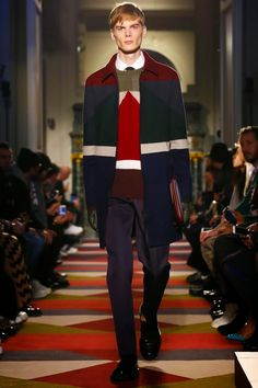 Valentino Mens Fall/Winter 2015-2016 Paris   http://consultante-retail.blogspot.fr/2015/01/valentino-mens-fallwinter-2015-2016.html