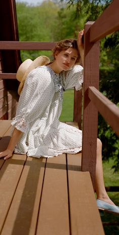 14 Late Summer Dresses - End of Summer Dresses - GLITTERINC.COM Spring Fashion Outfits, Spring Summer Fashion, Summer Outfits, Fashion Dresses, Fall Dresses, Summer Dresses, Late Summer, Summer Nights, Street Style Summer