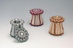 Plaited Herringbone Stitchを考案された『Sweet Pea』さん ビーズを編んで作った蓋付きのmushroom box