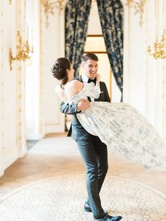 A Royal Celebration Complete with Cakes and a Crowned Puppy – Style Me Pretty Luxury Wedding, Elegant Wedding, Dream Wedding, Wedding Day, Blue Wedding Dresses, Wedding Gowns, Fairytale Dress, Strictly Weddings, Couples Images