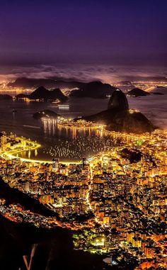 Rio de Janeiro, Brasil...Humaitá, Botafogo and Pão de Açucar por Magno Lima en Fivehundredpx. Loyda Lopez Google