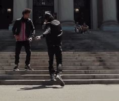 les twins gif | ewwjermz:LES TWINSI WASNT READYRemember when he first started to do ...