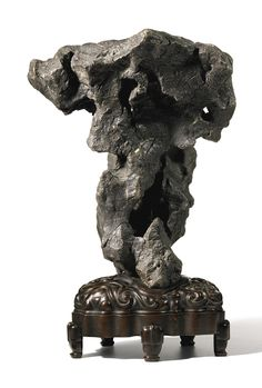 A large lingbi rock, Ming–Qing dynasty