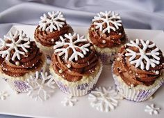Photo of Winter Cupcakes❤ ❥ for fans of Cupcakes 37781368 Winter Cupcakes, Sweet Cupcakes, Christmas Cupcakes, Christmas Desserts, Christmas Baking, Mini Cakes, Cupcake Cakes, Tolle Desserts, Muffins